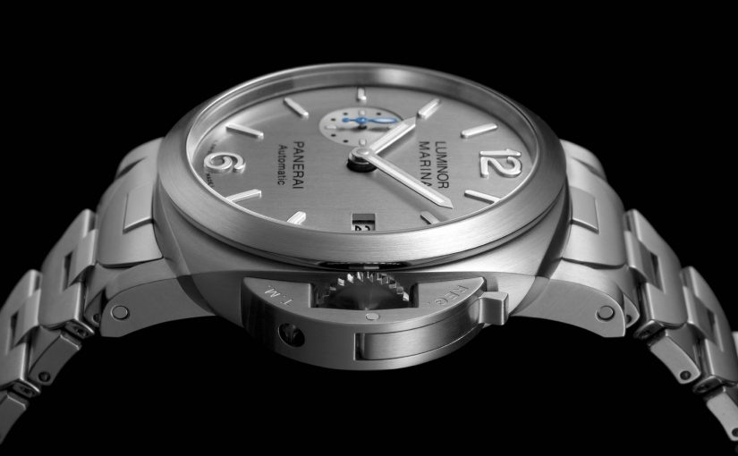 Replica Panerai Luminor Marina with Metal Bracelet and New Silver-Coloured Dial