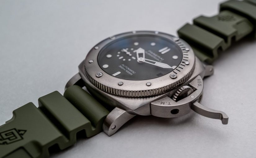 Panerai Submersible 42mm Green-Dial Replica Watch